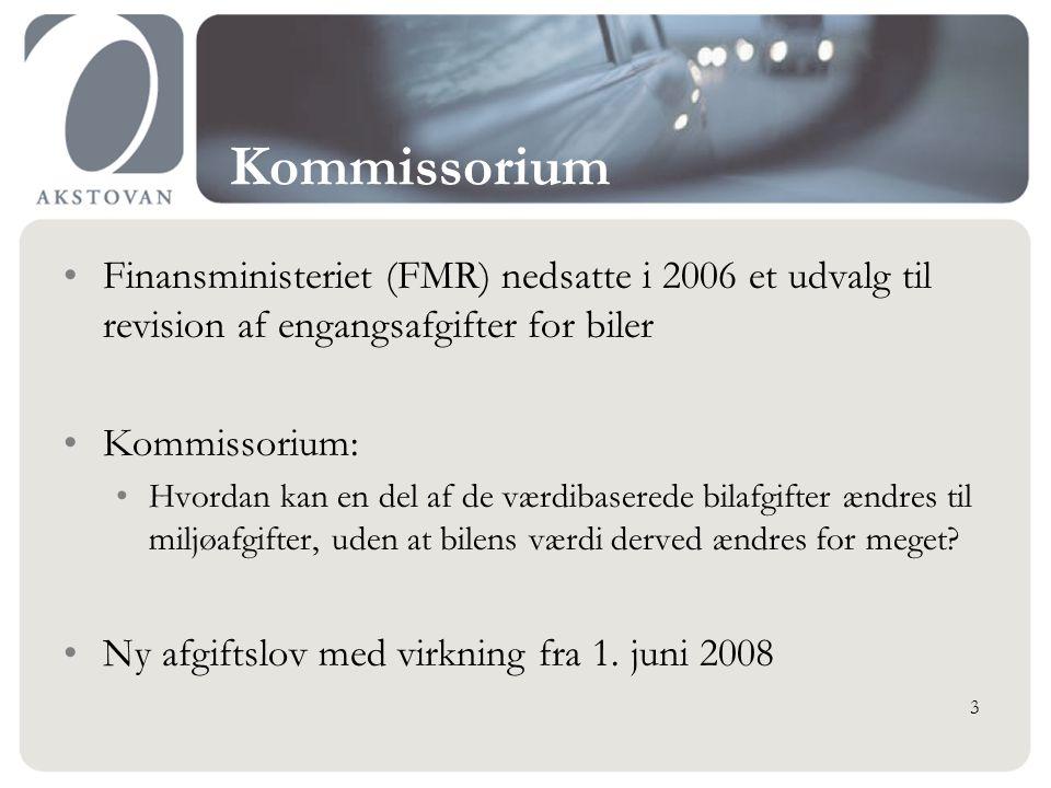 Kommissorium Finansministeriet (FMR) nedsatte i 2006 et udvalg til revision af engangsafgifter for biler Kommissorium: Hvordan kan en del af de værdibaserede bilafgifter ændres til miljøafgifter, uden at bilens værdi derved ændres for meget.