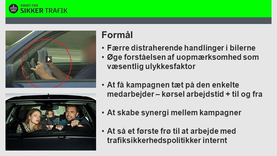 Tekstslide med overskrift, indhold og 2 billedebokse over hinanden Overskrift Max 1 linje Tekst her.