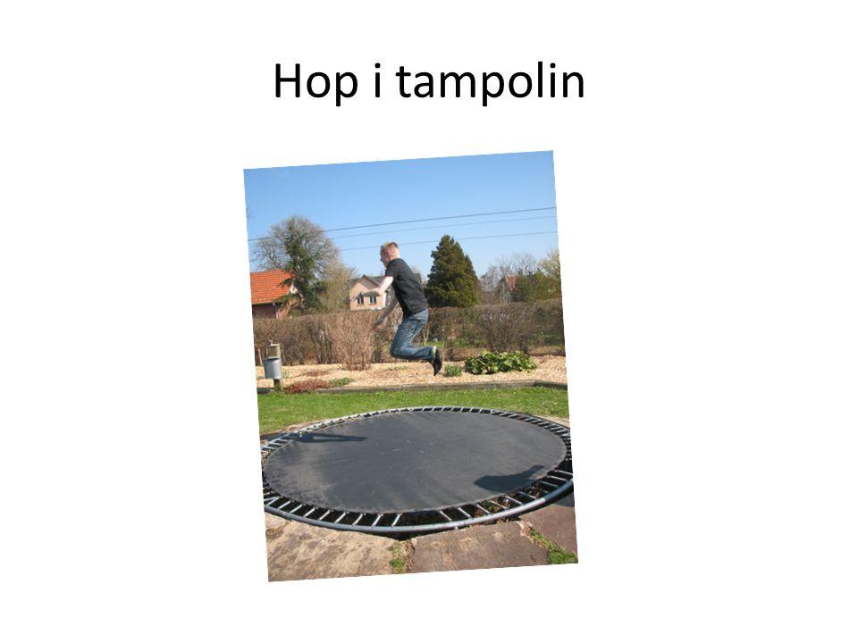 Hop i tampolin