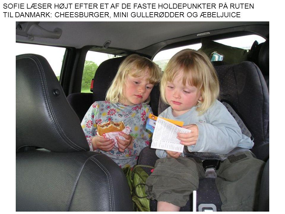 SOFIE LÆSER HØJT EFTER ET AF DE FASTE HOLDEPUNKTER PÅ RUTEN TIL DANMARK: CHEESBURGER, MINI GULLERØDDER OG ÆBELJUICE