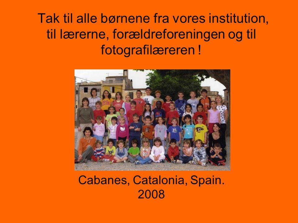 Tak til alle børnene fra vores institution, til lærerne, forældreforeningen og til fotografilæreren .