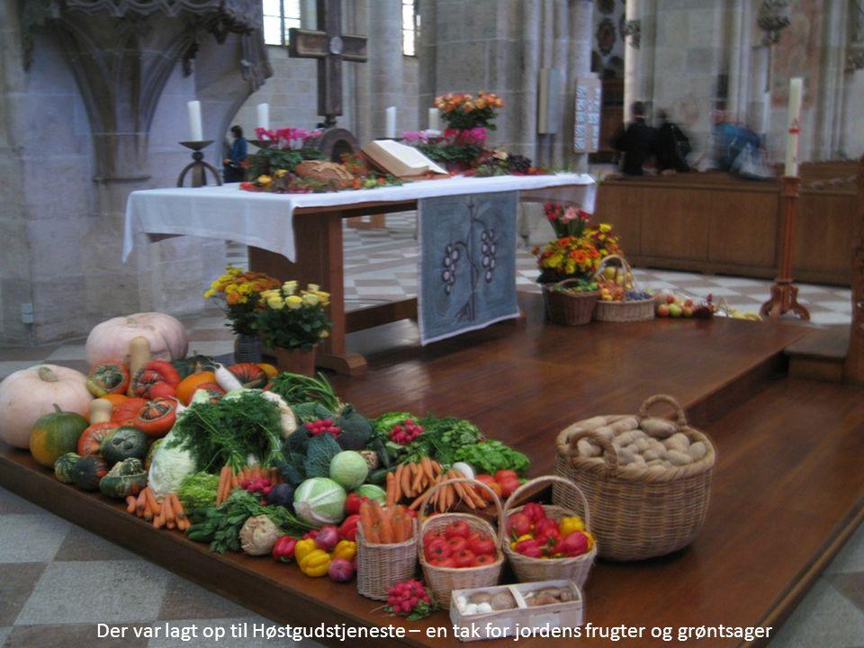 Der var lagt op til Høstgudstjeneste – en tak for jordens frugter og grøntsager