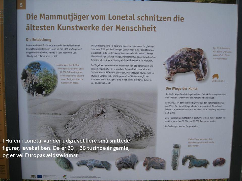 I Hulen i Lonetal var der udgravet flere små snittede figurer, lavet af ben.