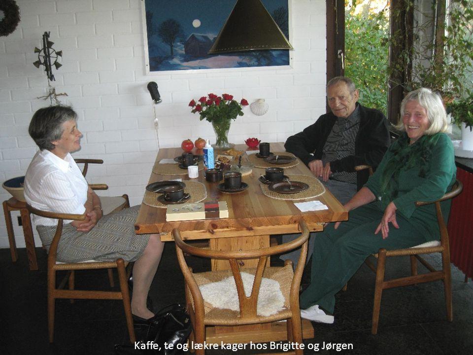 Kaffe, te og lækre kager hos Brigitte og Jørgen