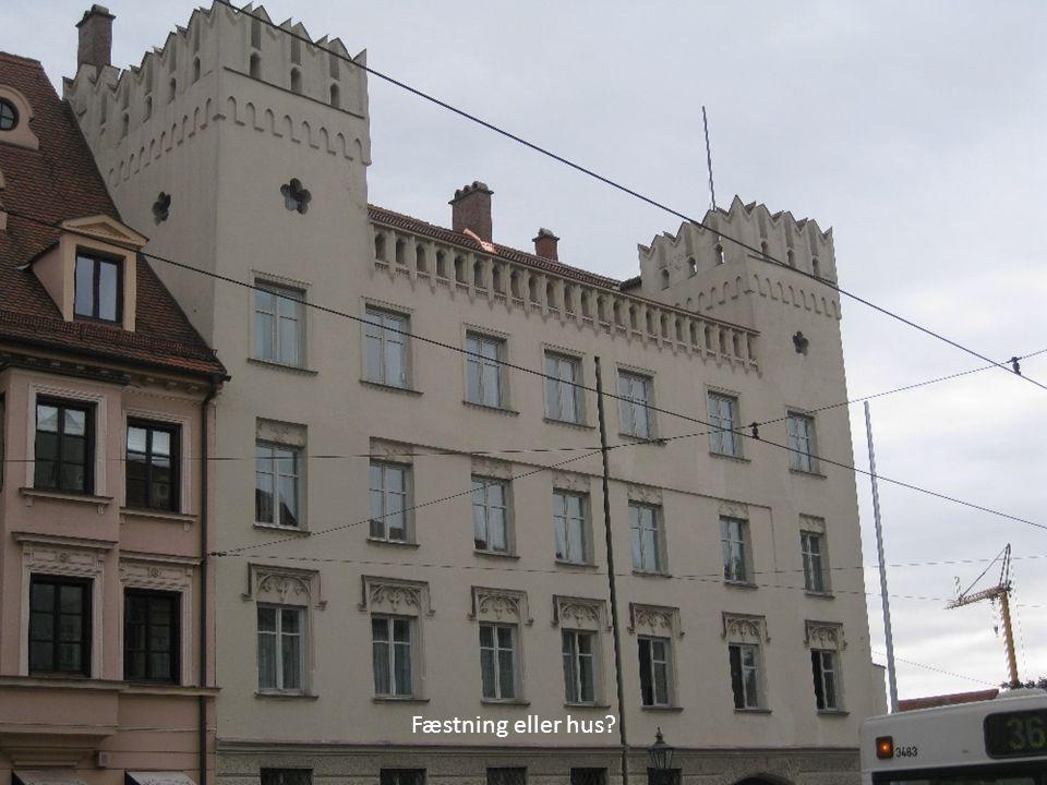 Fæstning eller hus