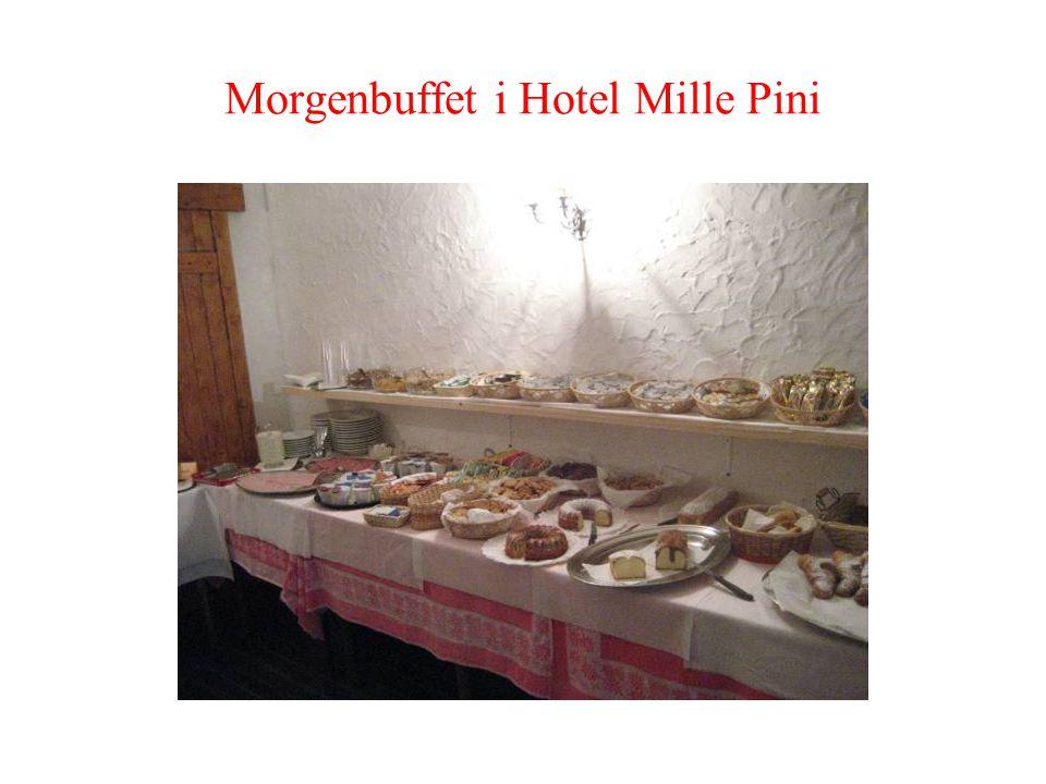 Morgenbuffet i Hotel Mille Pini