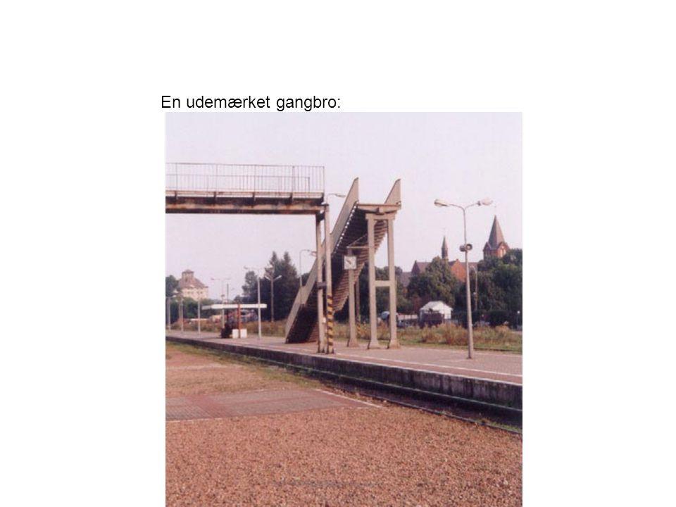 En udemærket gangbro: