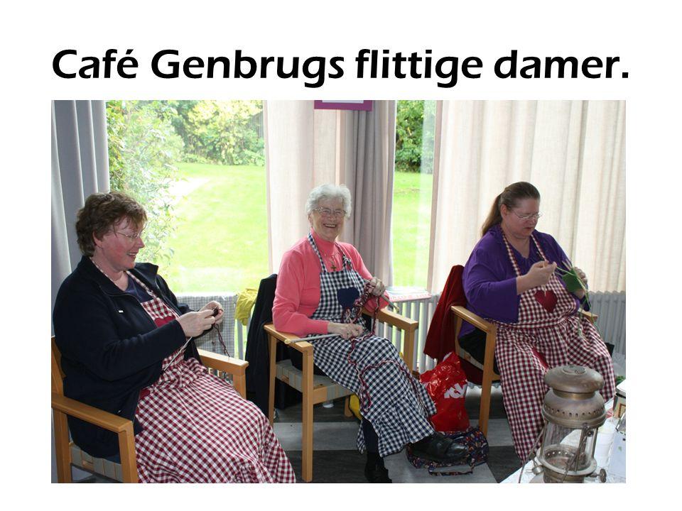 Café Genbrugs flittige damer.