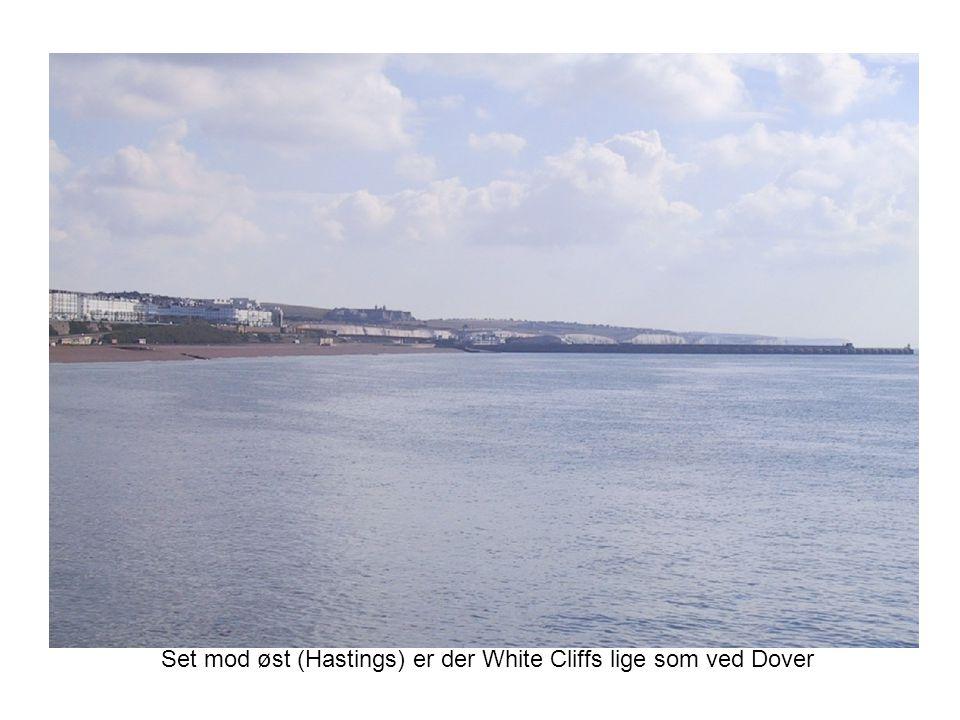 Set mod øst (Hastings) er der White Cliffs lige som ved Dover