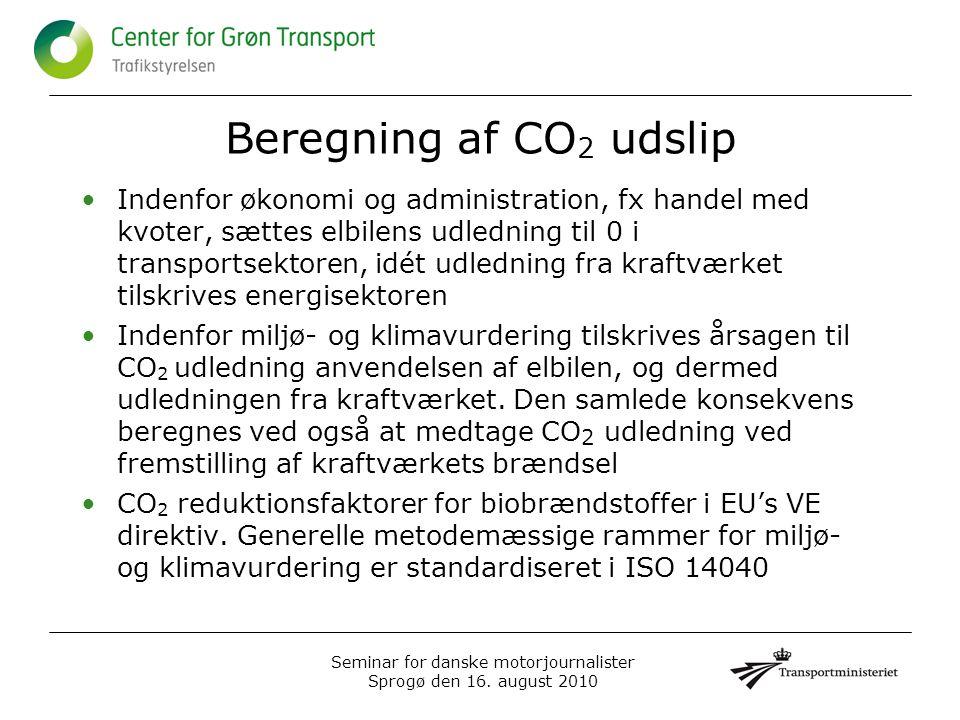 Beregning af CO 2 udslip •Indenfor økonomi og administration, fx handel med kvoter, sættes elbilens udledning til 0 i transportsektoren, idét udledning fra kraftværket tilskrives energisektoren •Indenfor miljø- og klimavurdering tilskrives årsagen til CO 2 udledning anvendelsen af elbilen, og dermed udledningen fra kraftværket.