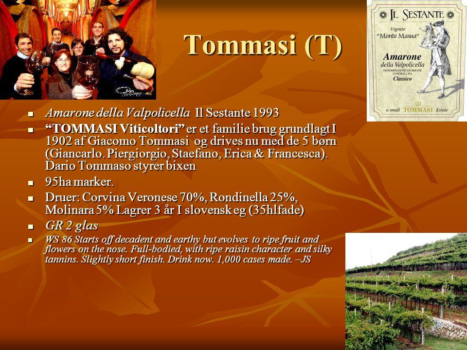 Tommasi (T)  Amarone della Valpolicella Il Sestante 1993  TOMMASI Viticoltori er et familie brug grundlagt I 1902 af Giacomo Tommasi og drives nu med de 5 børn (Giancarlo.