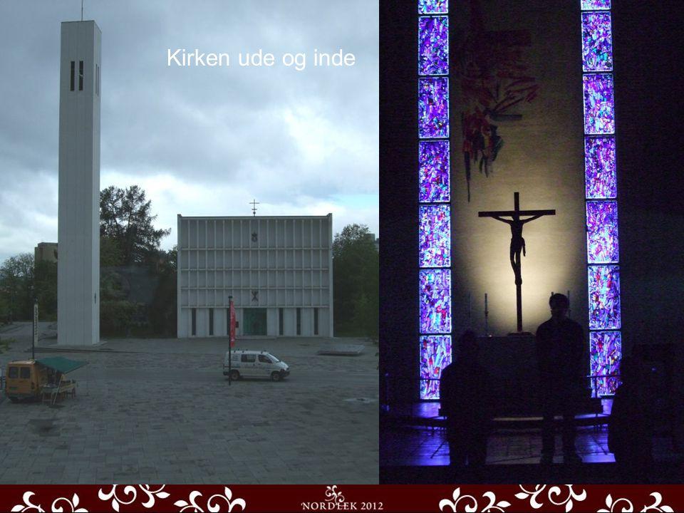 Hovedaden Udsigt fra Torvet Kirken ude og inde