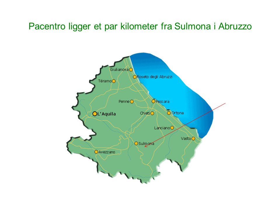 Pacentro ligger et par kilometer fra Sulmona i Abruzzo