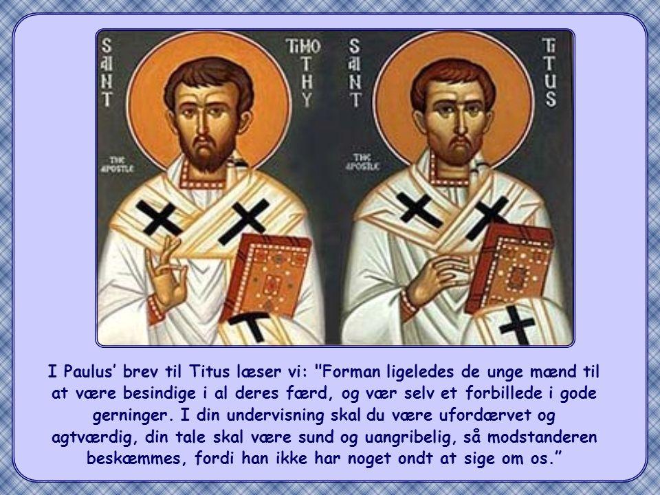 Kirken i de første tider lagde stor vægt på disse Jesu ord. Når de kristne i svære stunder blev bagtalt, blev de opfordret til ikke at svare igen med