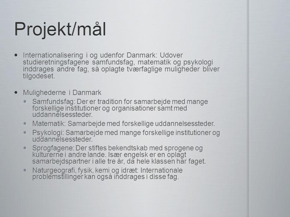 Internationalisering i og udenfor Danmark: Udover studieretningsfagene samfundsfag, matematik og psykologi inddrages andre fag, så oplagte tværfaglige muligheder bliver tilgodeset.