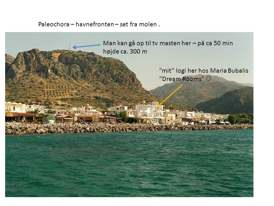 Paleochora – havnefronten – set fra molen.