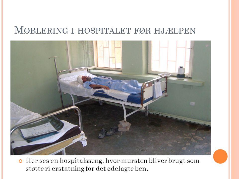 Her ses en hospitalsseng, hvor mursten bliver brugt som støtte ri erstatning for det ødelagte ben.