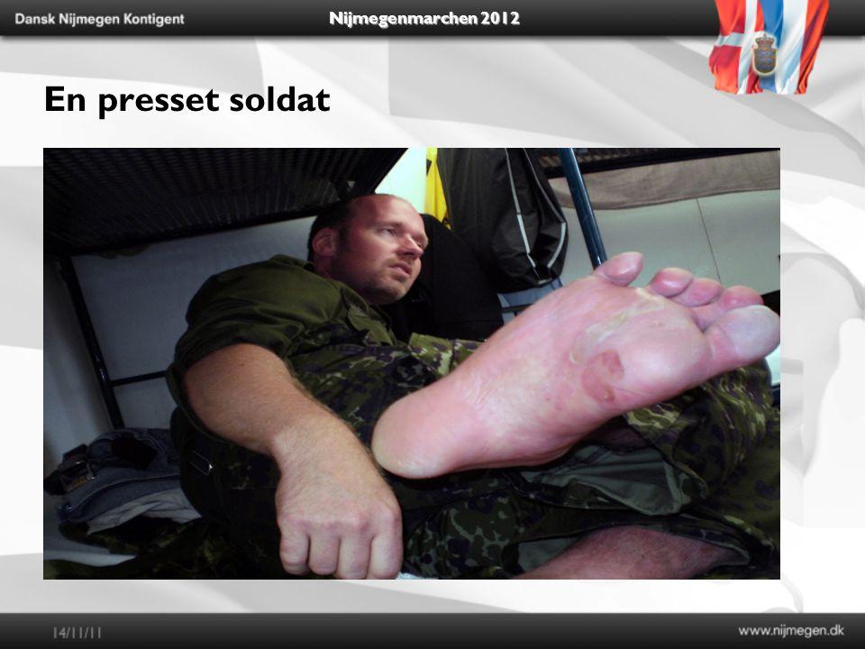 Nijmegenmarchen 2012 En presset soldat